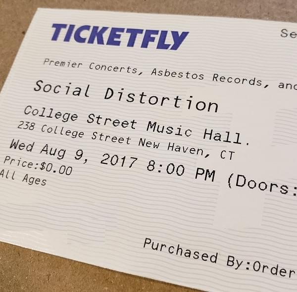 Throwback Concert: Social Distortion at College Street Music Hall 2017