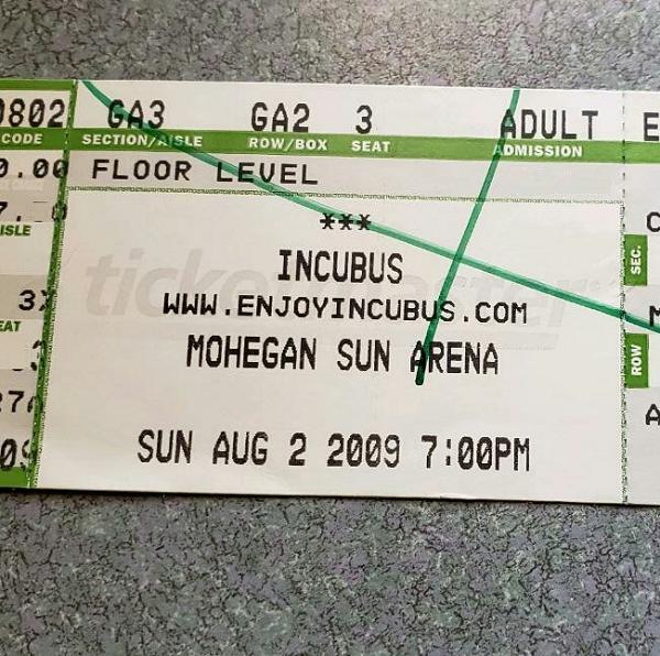 Throwback Concert: Incubus at Mohegan Sun Arena 2009