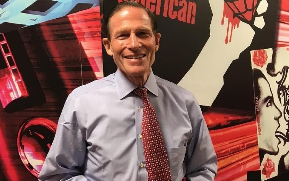 PODCAST – Monday, October 5: Senator Blumenthal Calls In; Both NY Football Teams Are Terrible; AJ's Got Jury Duty