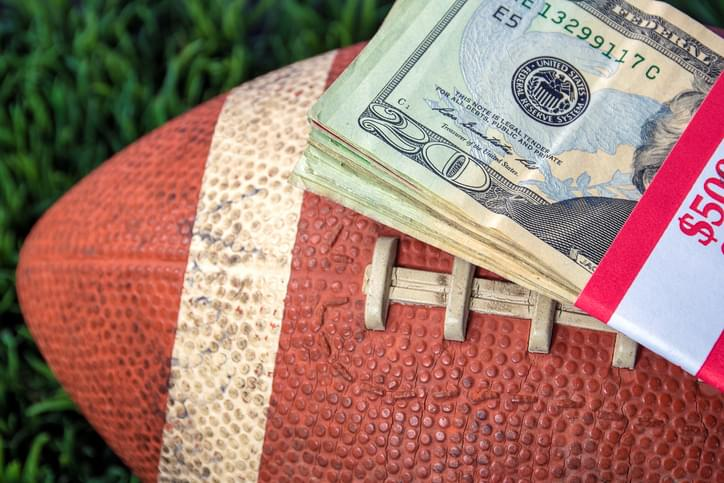 PODCAST – Monday, February 1: Super Bowl Prop Bets with Joe Linta, Gianni Russo on John Gotti, Celebrities Getting Vaccinated