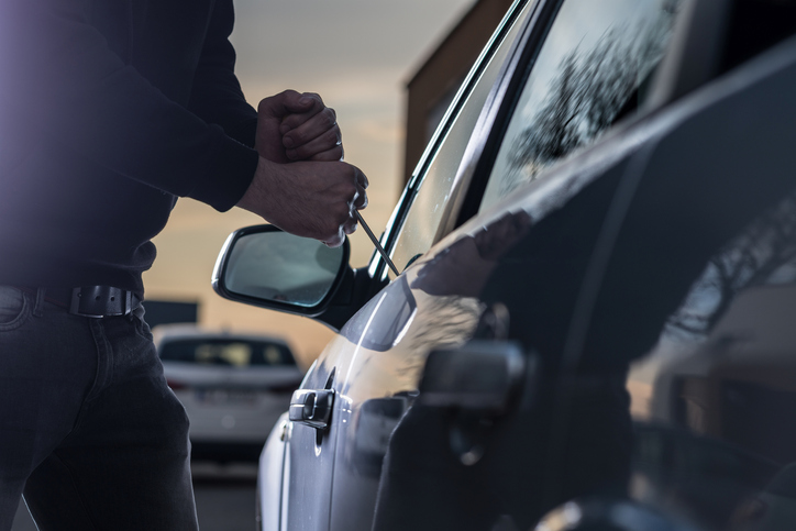 PODCAST – Thursday, October 7: Car Thefts On The Rise; Woman Catches Baseball With Prosthetic Leg; Music Festivals Returning To Connecticut