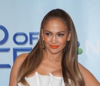 "J Lo wants to take ""Hustlers"" to Broadway"