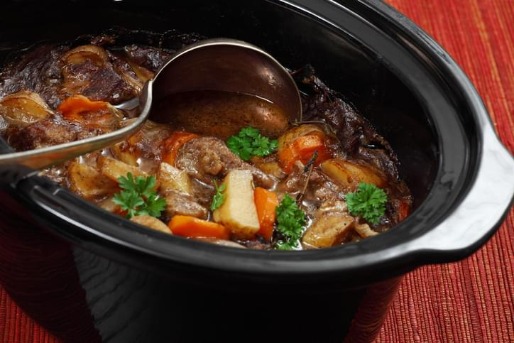 Morning Hack 3/4/2021 Get The Old Food Odor Out Of Your Crockpot!