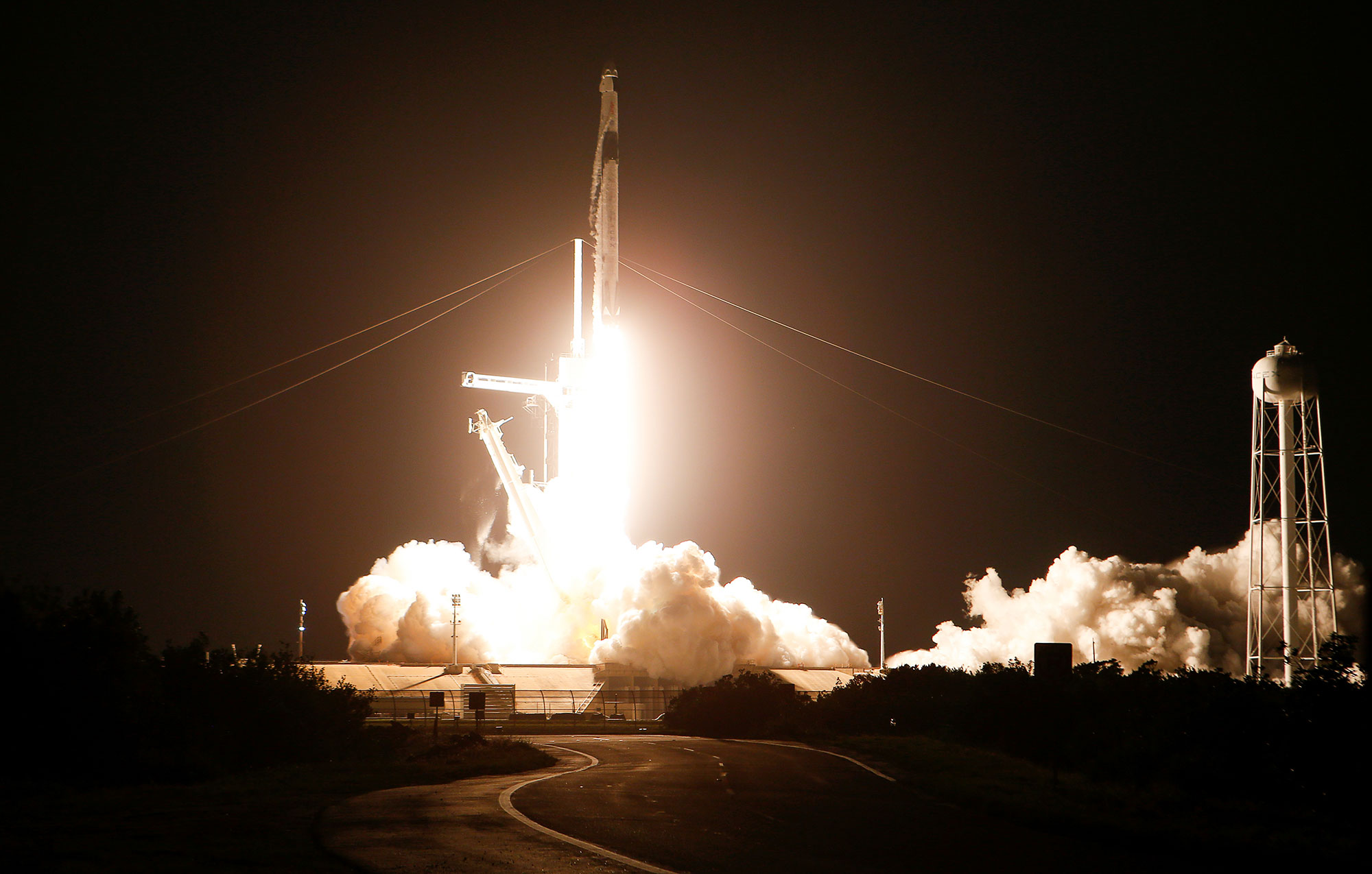 2021-04-23T151542Z_263585362_RC2R1N9Z5NF5_RTRMADP_3_SPACE-EXPLORATION-SPACEX