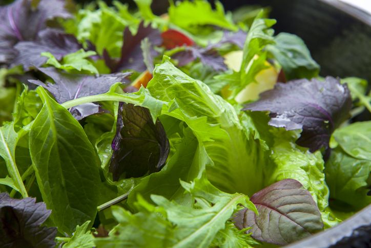 Morning Hack 6/25/2021 Hack To Keep Your Salad Greens Fresh!