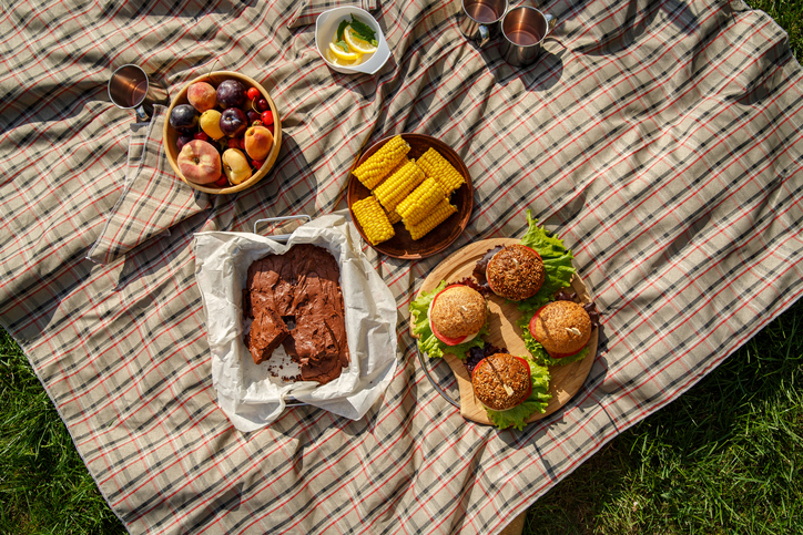 Morning Hack 8/5/21 Two Ideas For Your Backyard BBQ!