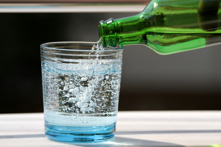 WEBE Wellness: Flat Vs. Carbonated Water – Which Is Healthier?