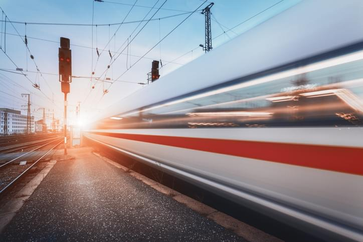 Connecticut Today with Paul Pacelli: Metro North to Fairfield or Flight to L.A. – Which is Shorter?
