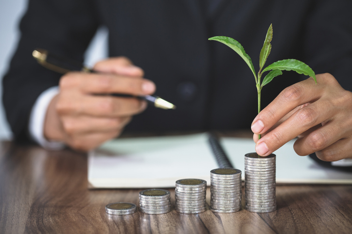 Financial News You Can Use: The Pros And Cons Of Annuities