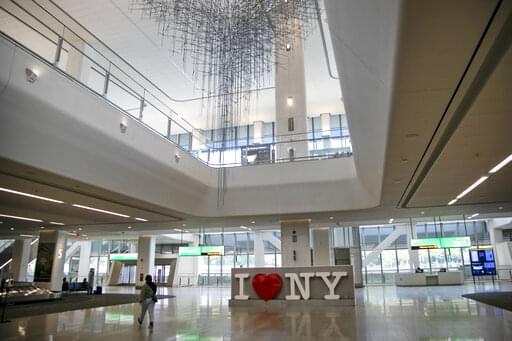 Virus Outbreak New York Travel