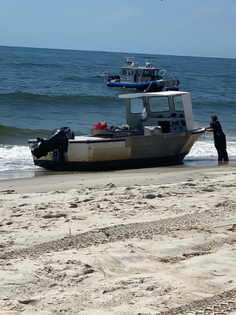 PD: Lindenhurst man arrested after stealing a boat in West Islip