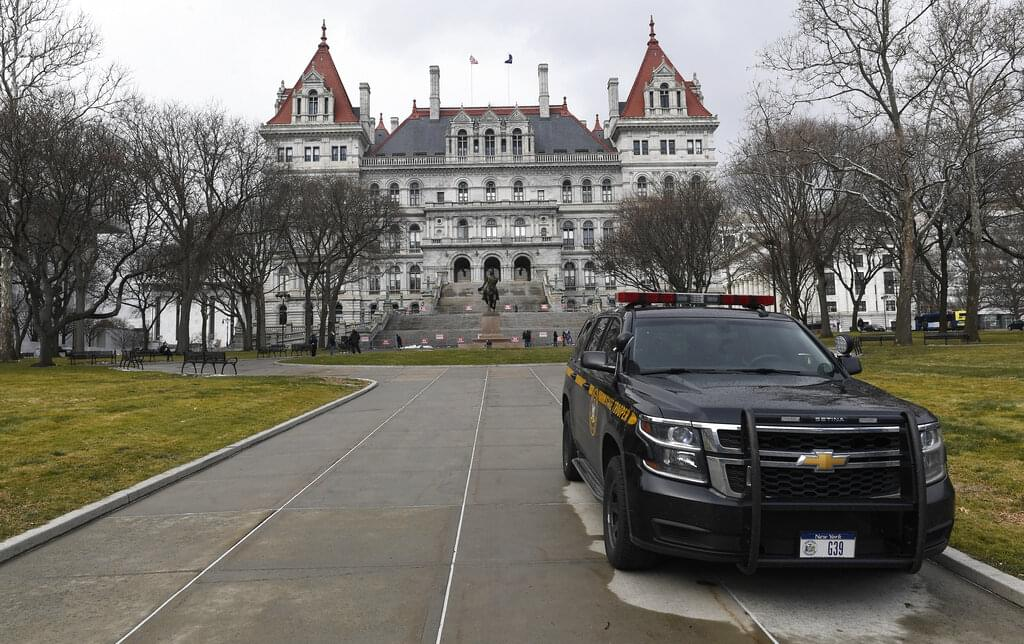 Some NY State Democrats call for Cuomo to resign