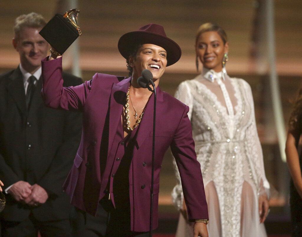 Bruno Mars Back On Top