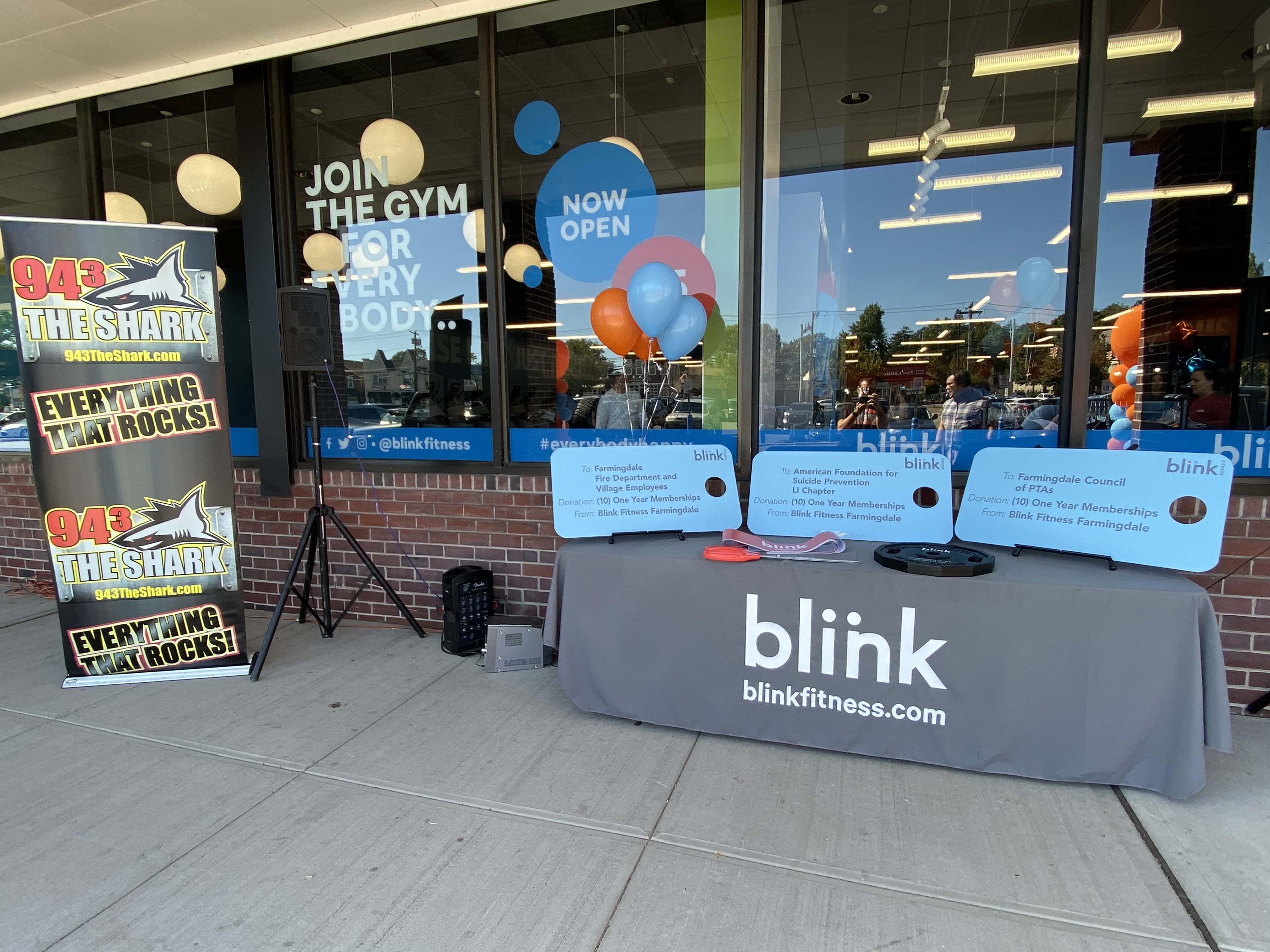 Blink Fitness Grand Opening