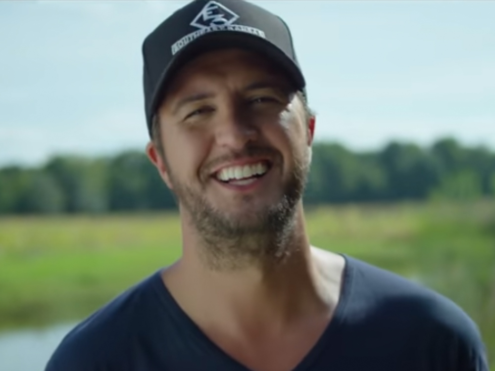 Luke Bryan Announces Cities and Dates for 9th Annual Farm Tour