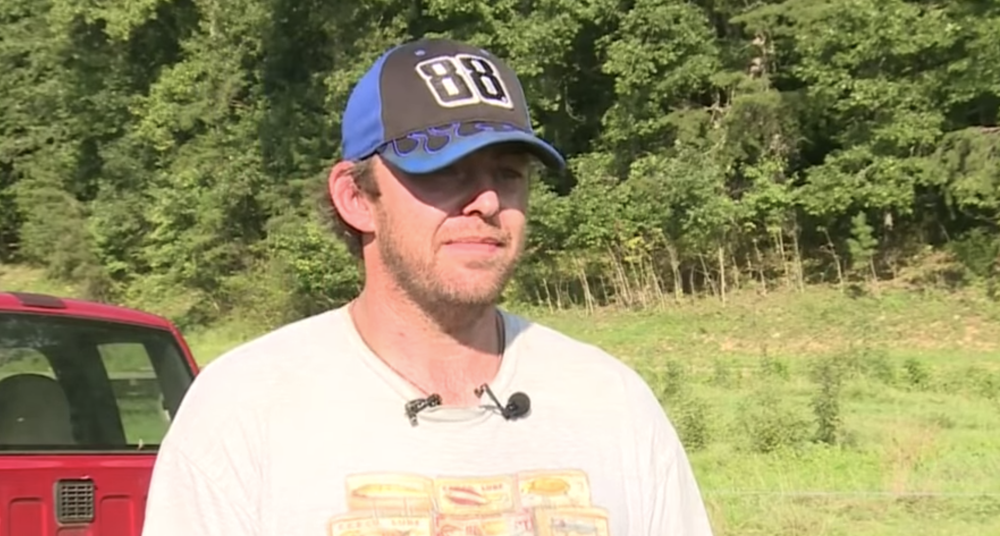 Kentucky Man Car Crash-Bee Attack News Interview