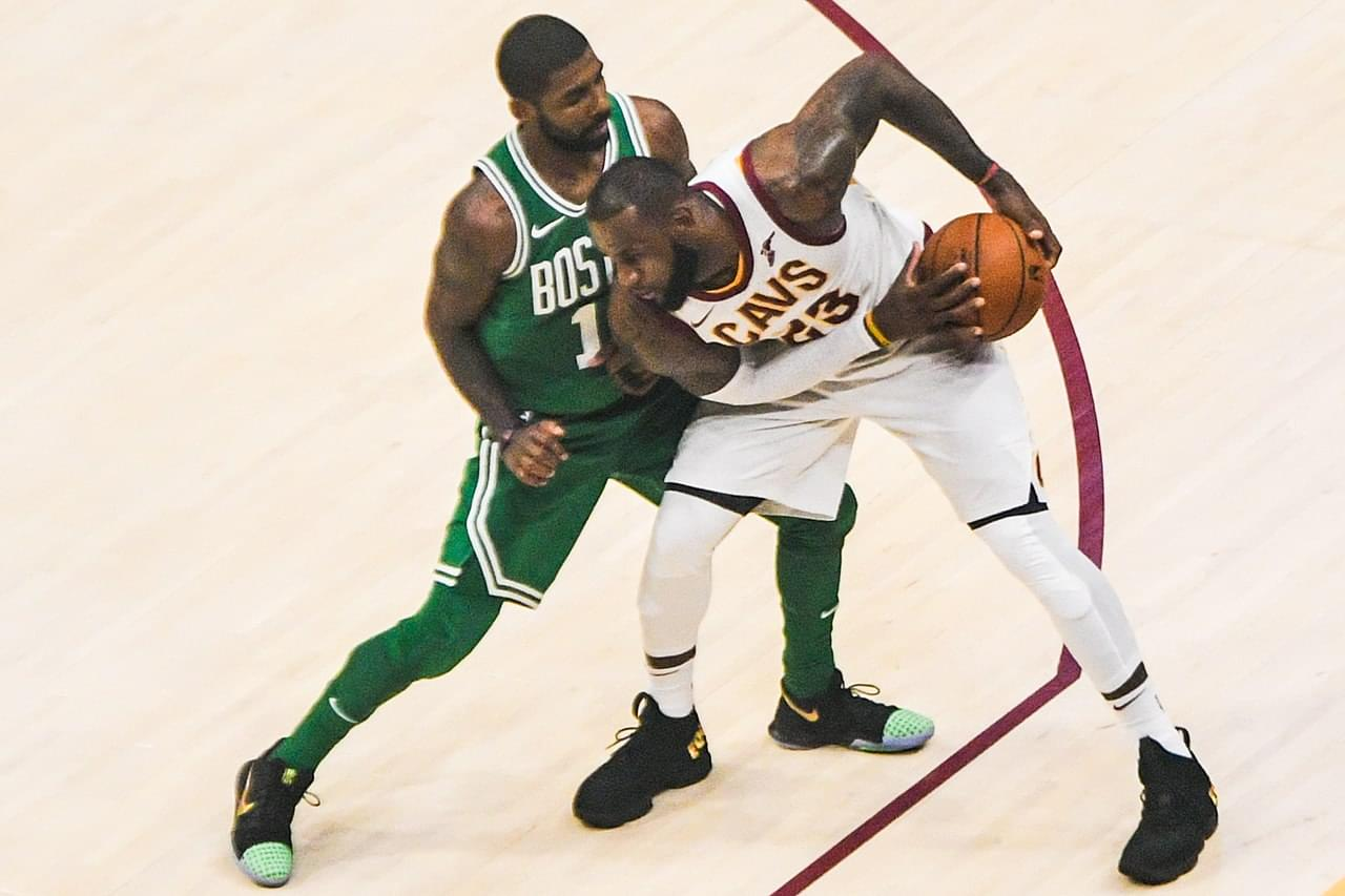 1280px-LeBron_James_vs._Kyrie_Irving_(23965056038)