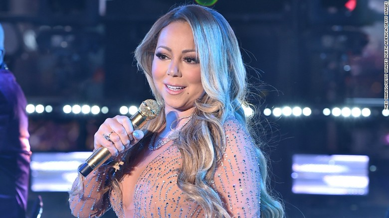 Watch Mariah Carey's New Year's Eve walk-off