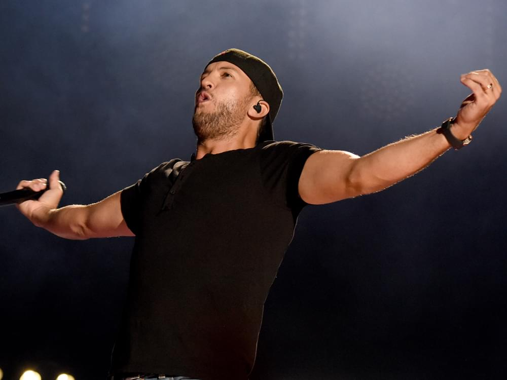 """Luke Bryan Announces New Album, """"Born Here, Live Here, Die Here,"""" and New Tour"""