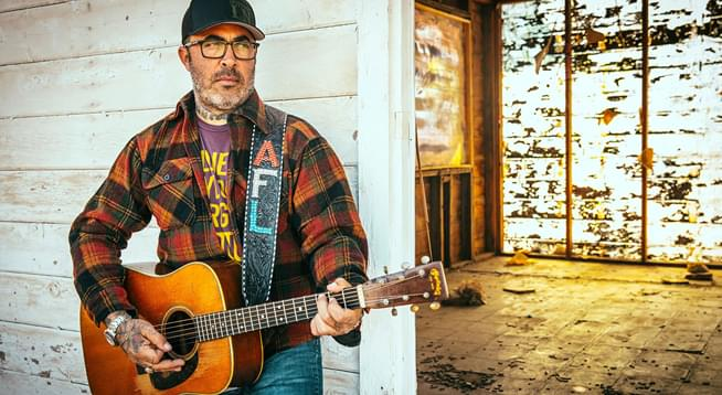 Meet Aaron Lewis at MotorCity Casino Hotel Sound Board!