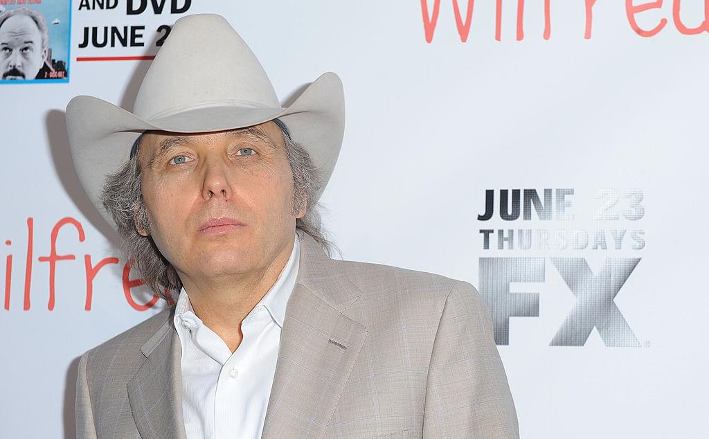 Dwight Yoakam Suing His Former Record Label
