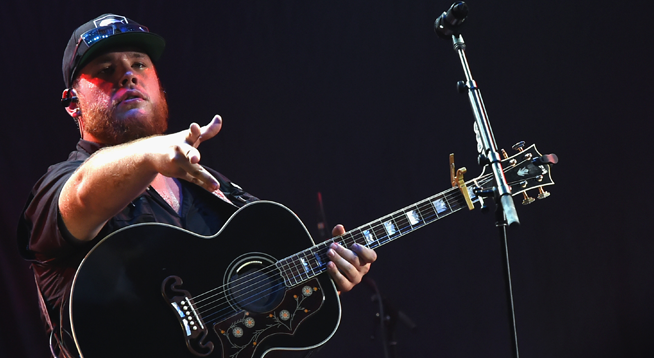 Luke Combs Pays Funeral Expenses for Men who Died at Faster Horses