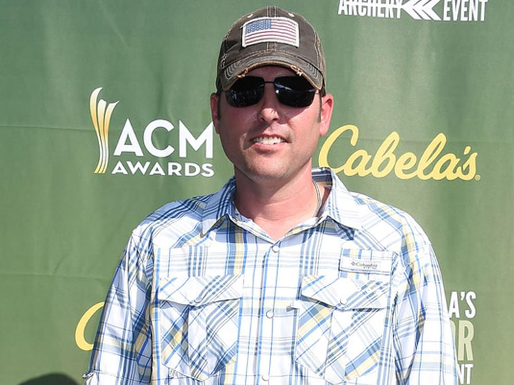 Casey Donahew Spearheads Viral Charity Campaign to Raise Funds for Teaching Supplies ($36,000+)
