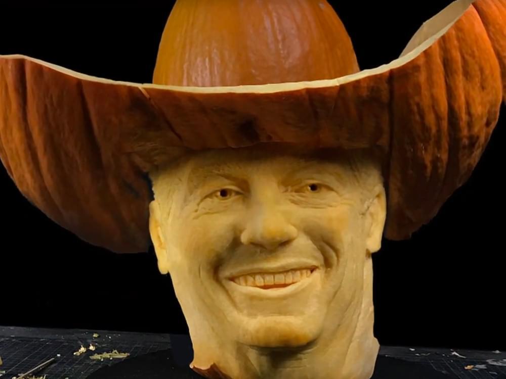 Watch George Strait's Face Become Pumpkin Art