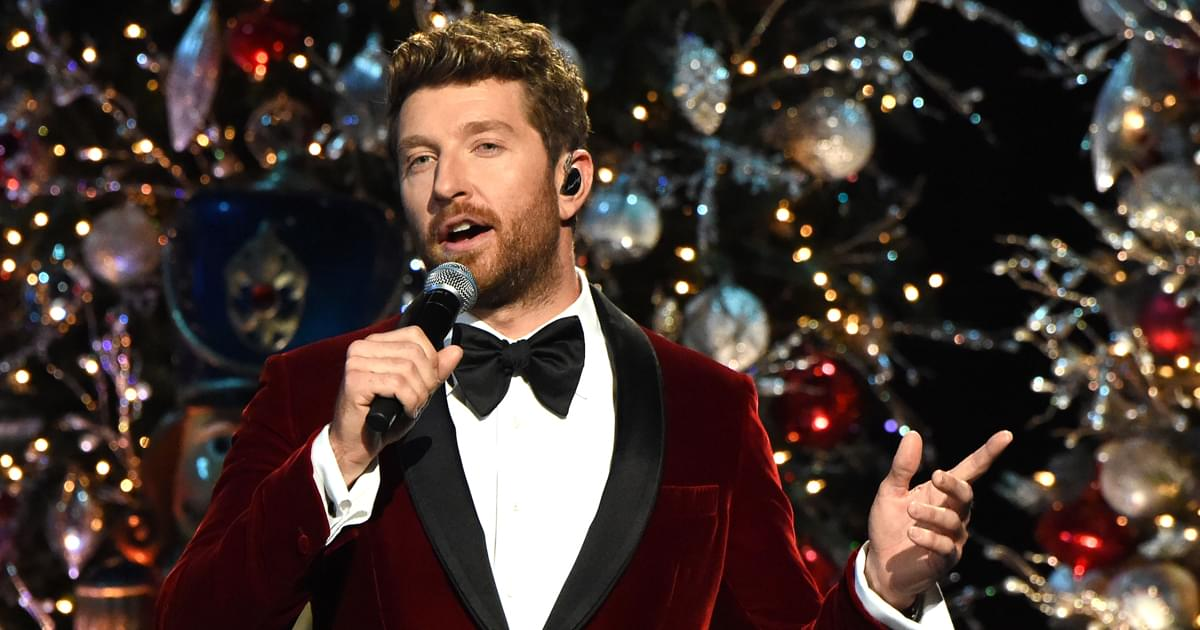 "Brett Eldredge Releases New Version of ""Baby, It's Cold Outside"" Featuring Sofia Reyes [Listen]"