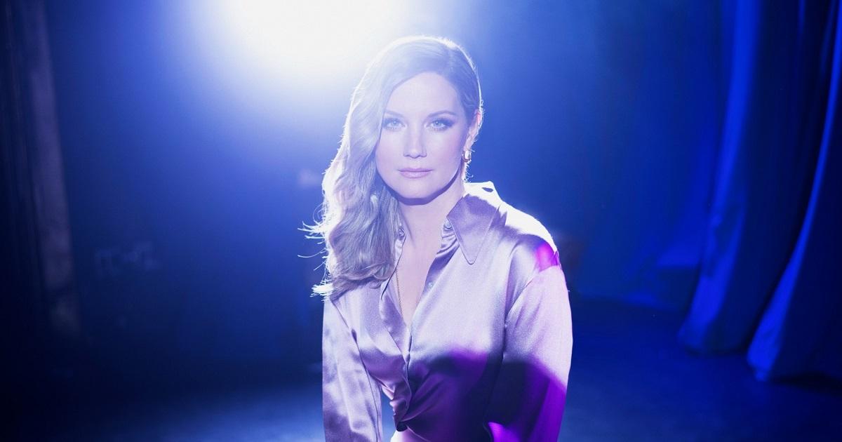 Jennifer Nettles Talks About Motherhood & Her New Album on The Drew Barrymore Show