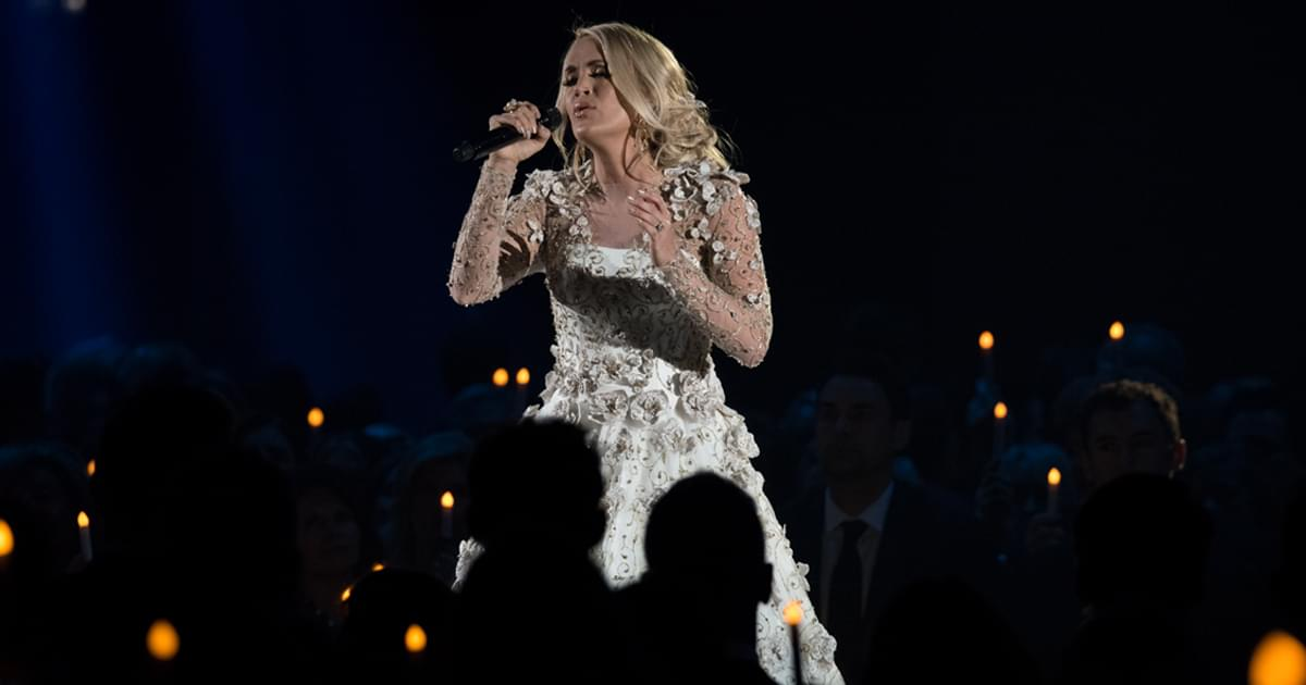 "Listen to Carrie Underwood Soar on New Rendition of ""Mary, Did You Know?"""