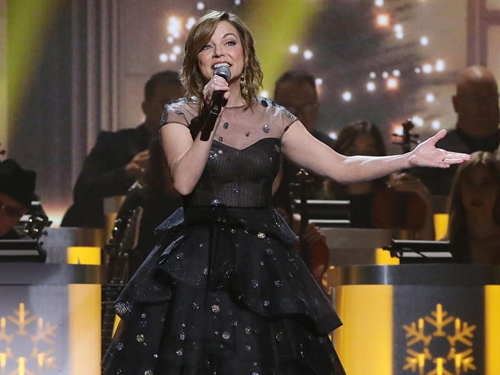 """Martina McBride Announces 9th """"The Joy of Christmas Tour"""""""