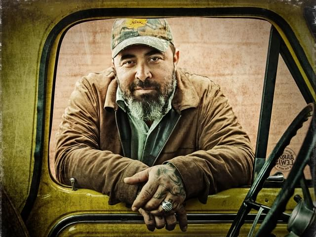 "Aaron Lewis Brings ""State I'm In"" Tour to the Peoria Civic Center Theater"