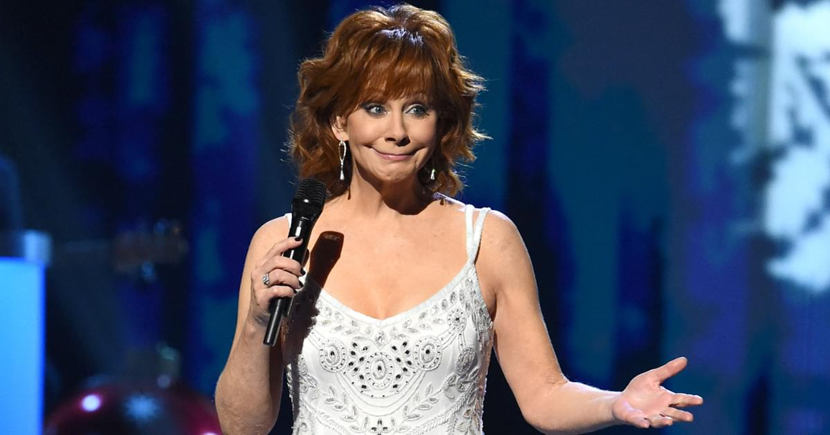 """Reba McEntire Says the Cast of """"Reba"""" Is Ready for a Reboot: """"We're Anxiously Awaiting Some Feedback"""""""