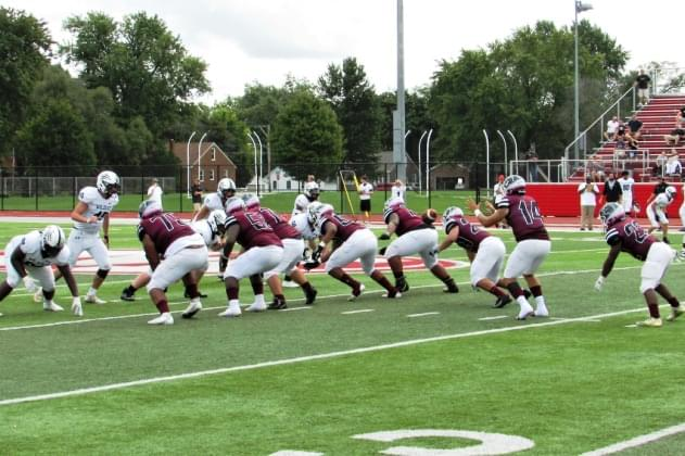 peoria-high-nw-offense-snap-in-air1