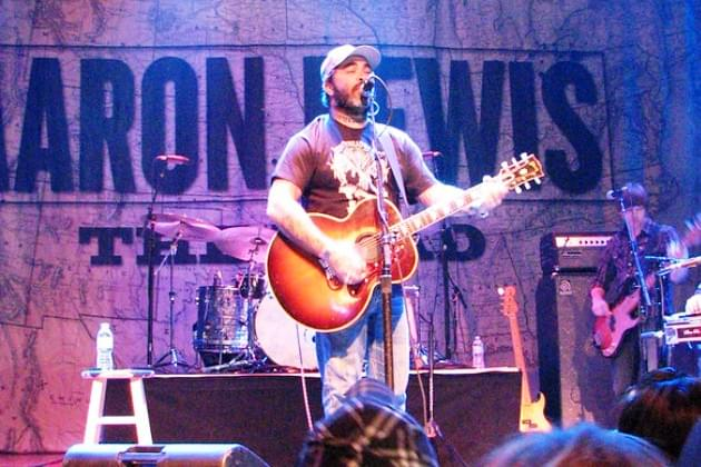 Country Outlaw Aaron Lewis Plays Peoria March 20, Win Tickets During Doc's 5 O'Clock Free Ride [VIDEO]
