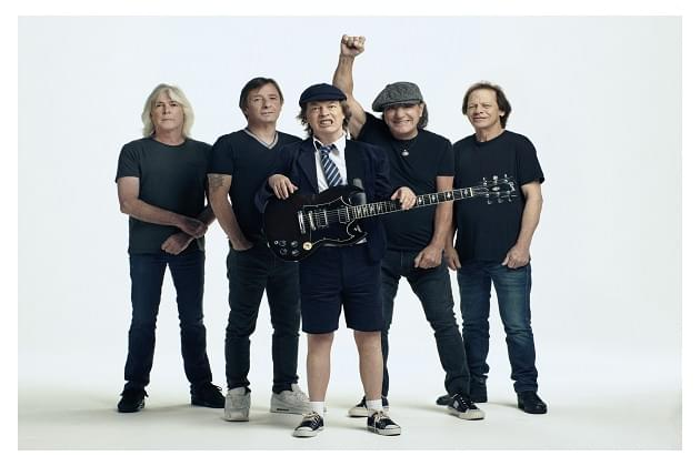 """AC/DC Release 'Behind The Scenes' Making Of Their """"Shot In The Dark"""" Video"""