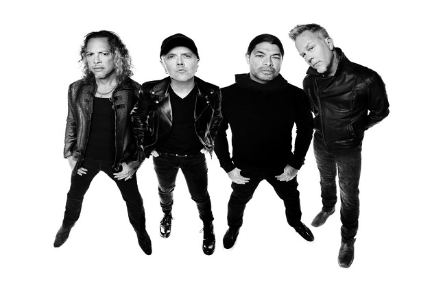 Metallica Wows Chicago With Last Minute Impromptu Concert!