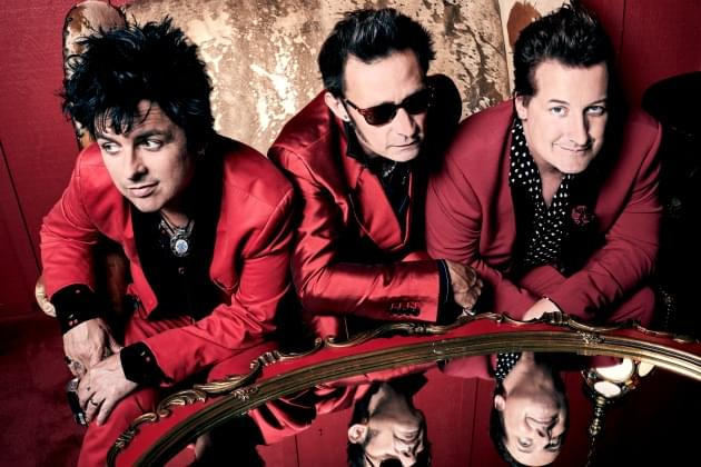 "Billie Joe Armstrong Releases The Song ""Amico"" From Home!"