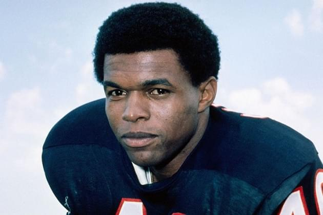 Chicago Bears Legend Gale Sayers Passes Away At Age 77