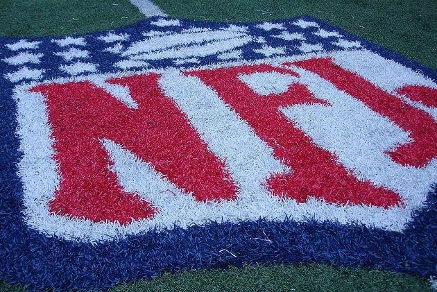 WVEL News/Sports Scope: #BLACKOUTNFL Goes Viral