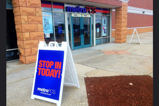 Freebie Fridays Are Back For School With Your Metro PCS Authorized Dealers! [DETAILS]
