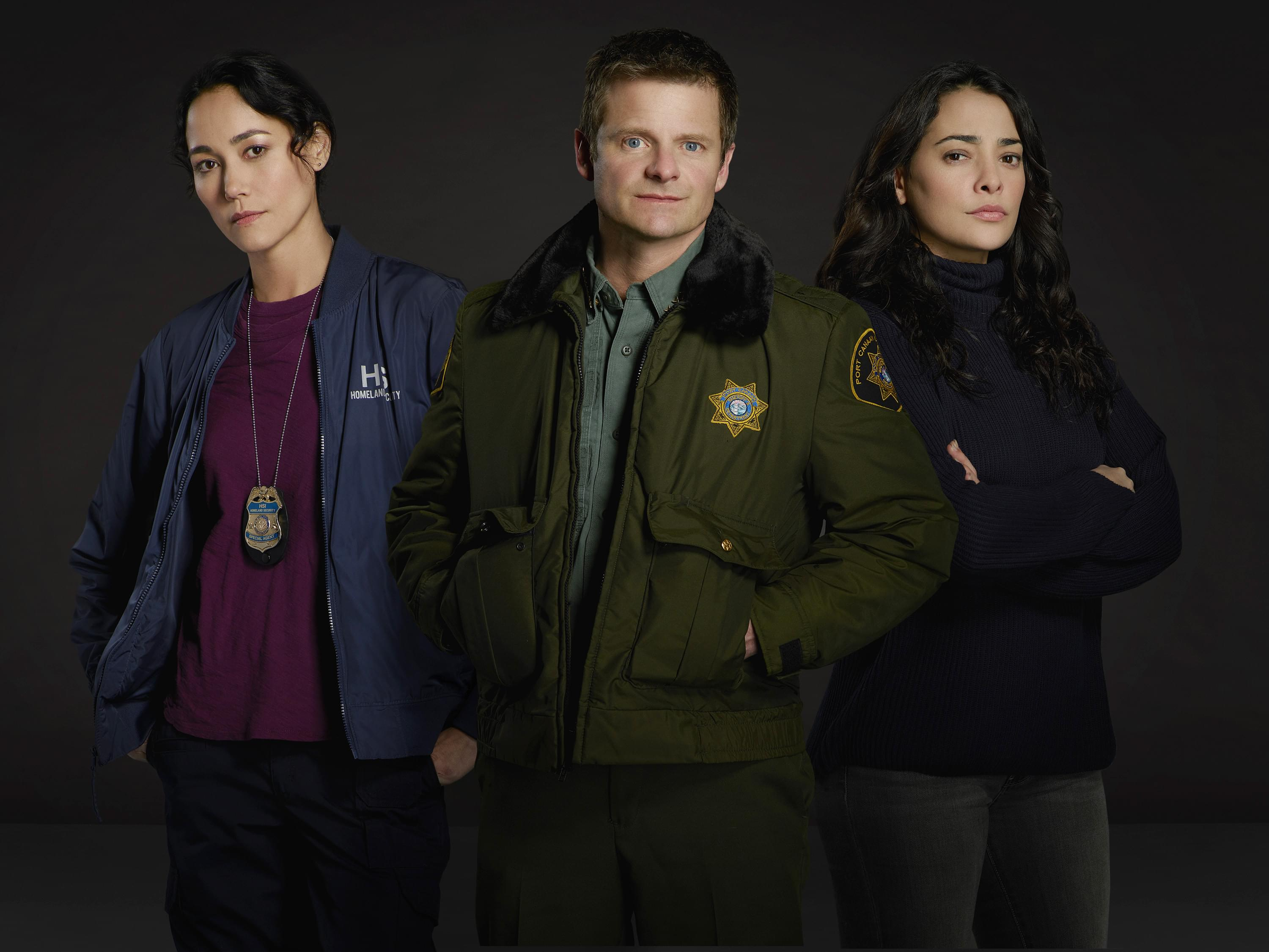 "THE CROSSING - ABC's ""The Crossing"" stars Sandrine Holt as Emma, Steve Zahn as Jude and Natalie Martinez as Reece. (ABC/Bob D'Amico)"