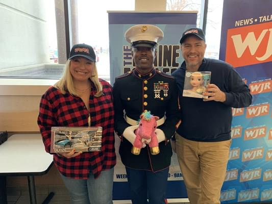 96.3 WDVD Stuff-A-Bus Benefiting Toys-For-Tots!