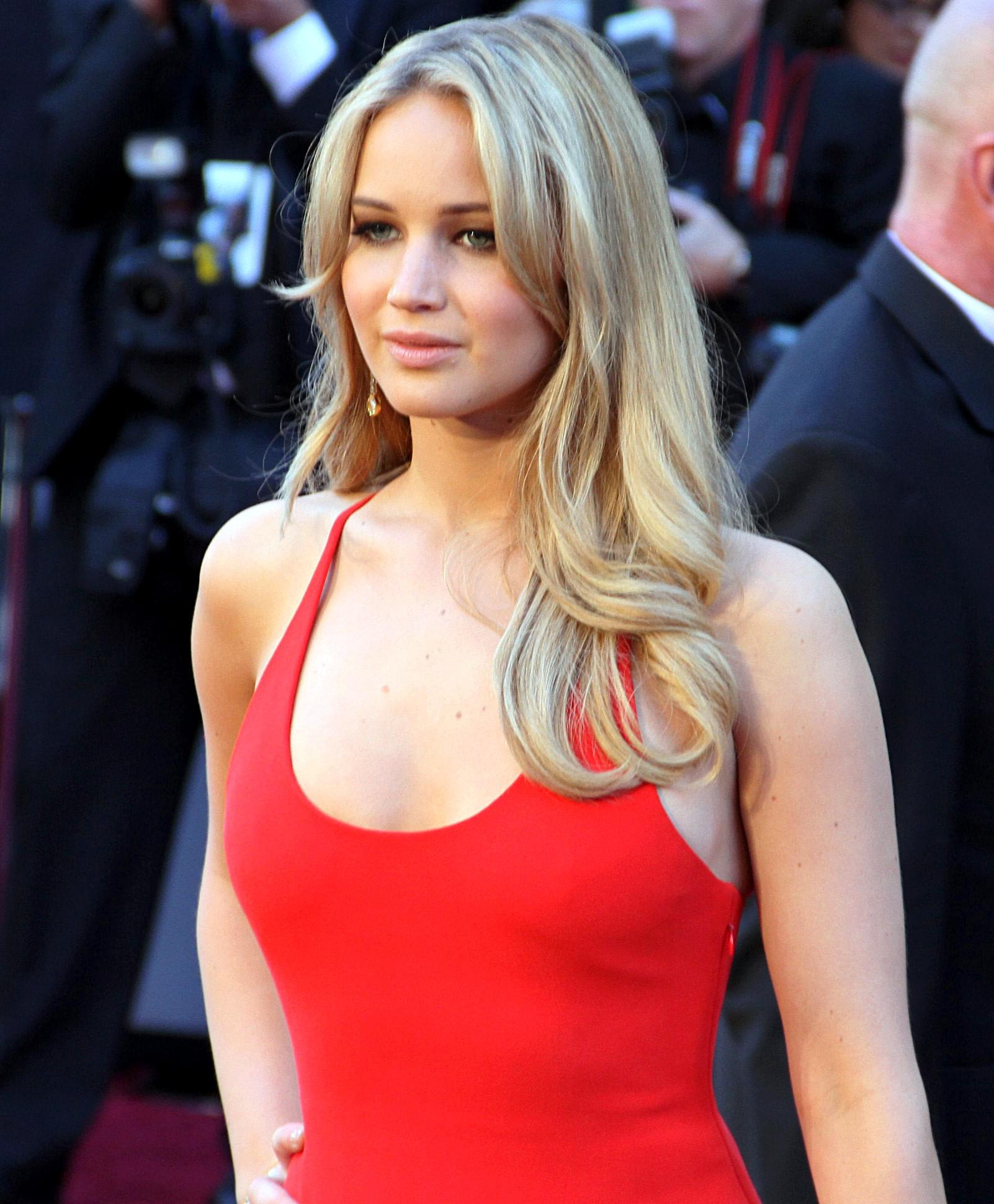 Jennifer Lawrence Set to Wed in RI This Weekend-VENUE UPDATE