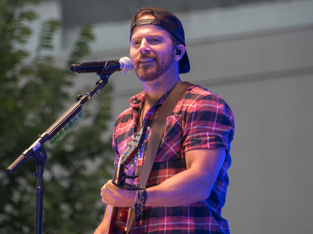 "Watch Kip Moore's Lively New Video for ""She's Mine"""