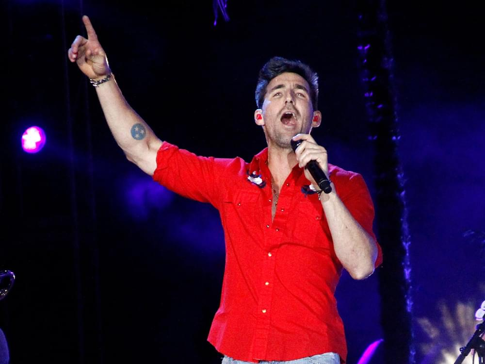 """Jake Owen Scores 8th No. 1 Single With """"Homemade"""""""