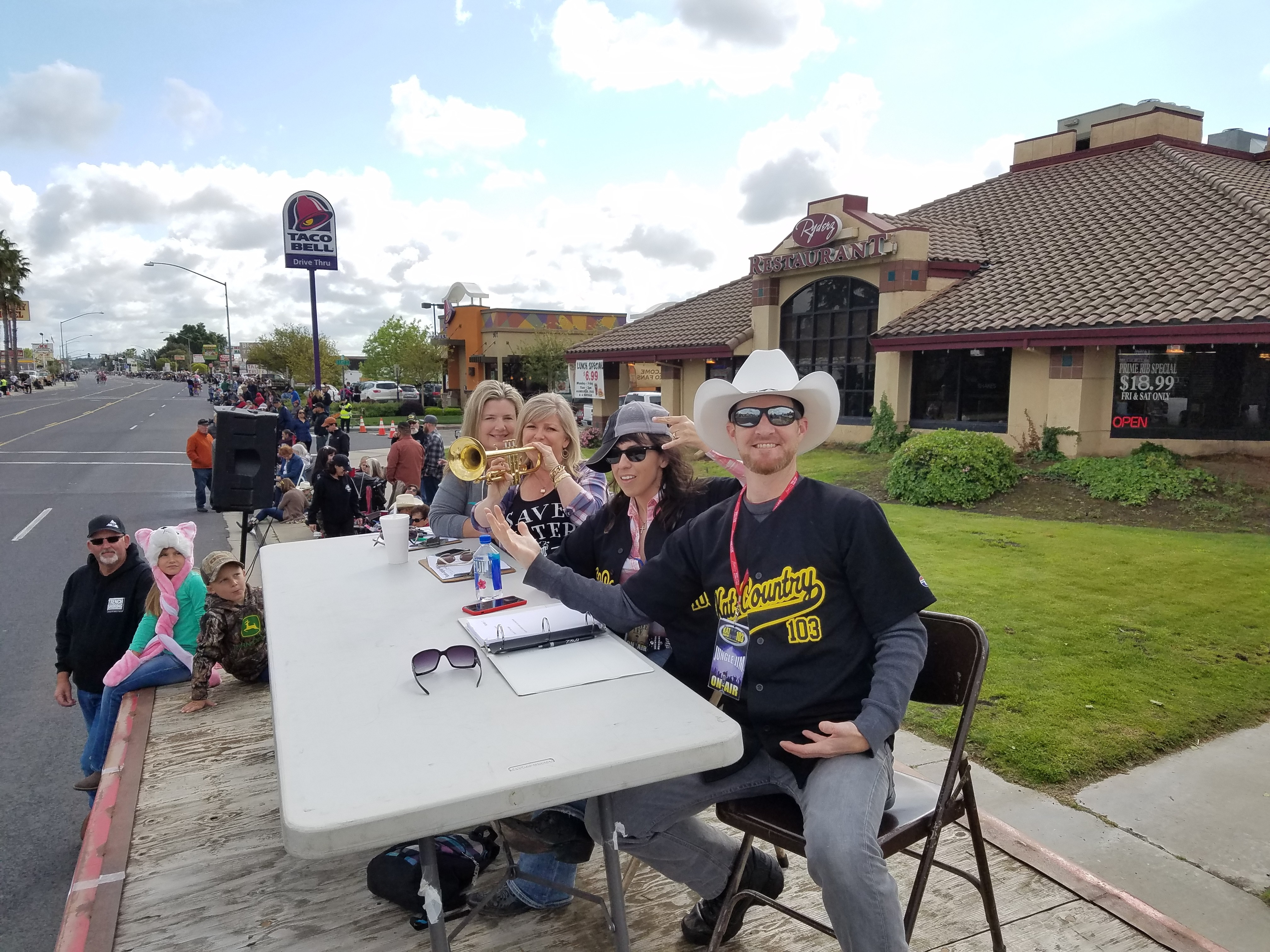 Oakdale Rodeo Parade Pics