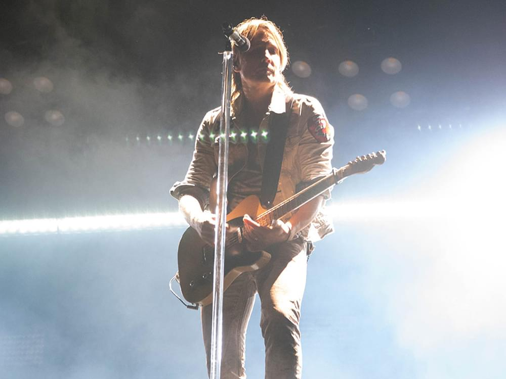 """Keith Urban Shares the Story Behind Recording """"Burden"""" & Working With Producer Dave Cobb for the First Time"""