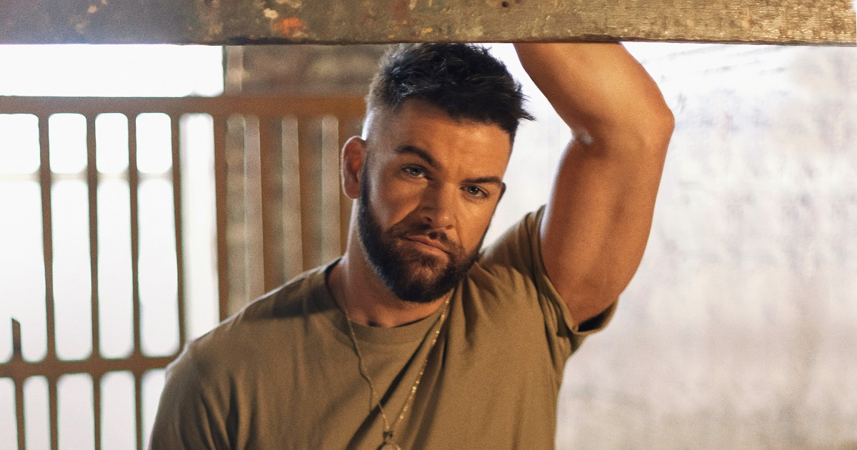Dylan Scott Is Goin' To Be Livin' His Best Life on Tour in 2022
